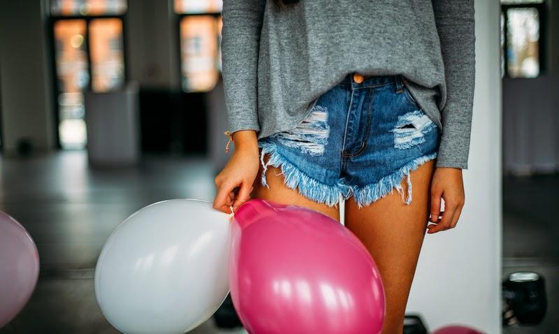 kurze röcke lange beine